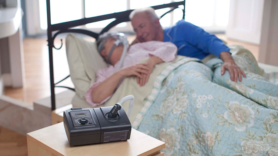 CPAP reducing sleep apnea symptoms