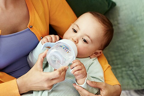 10 tips for safe bottle feeding