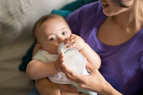 When to change the nipple on your baby's bottle