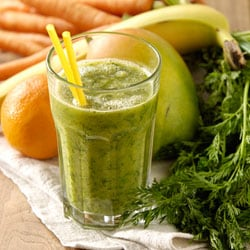 Green ginger peach smoothie