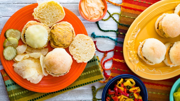 Southwestern Chicken Sliders with Spicy Mayo Airfryer Recipe