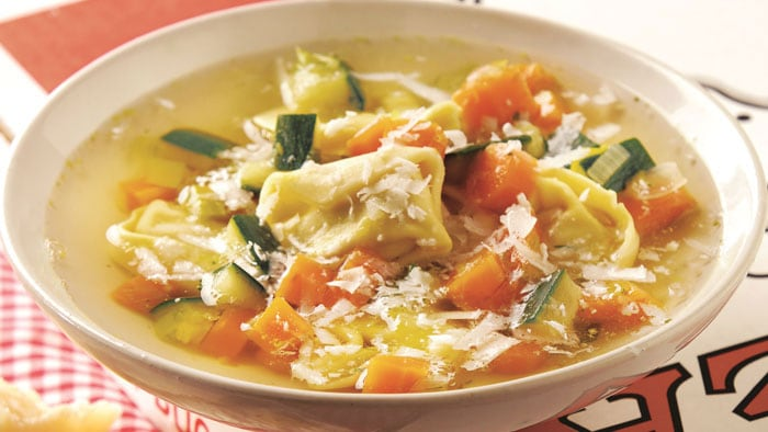 How to Make Vegetable Soups & Gazpachos for All Seasons