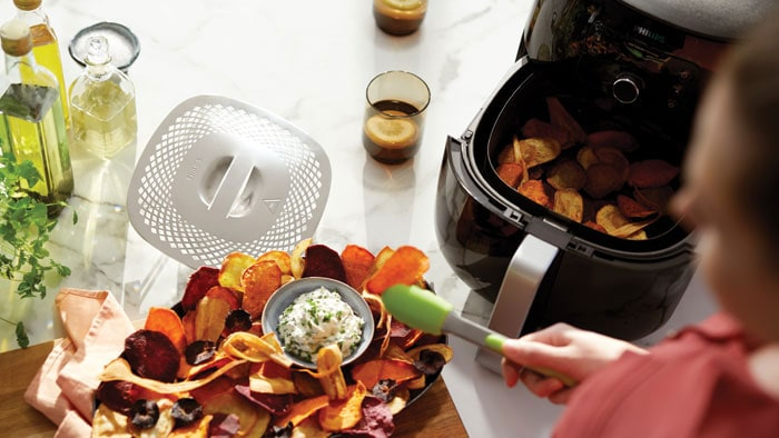 How to Make Veggie Chips with an Air Fryer or Microwave