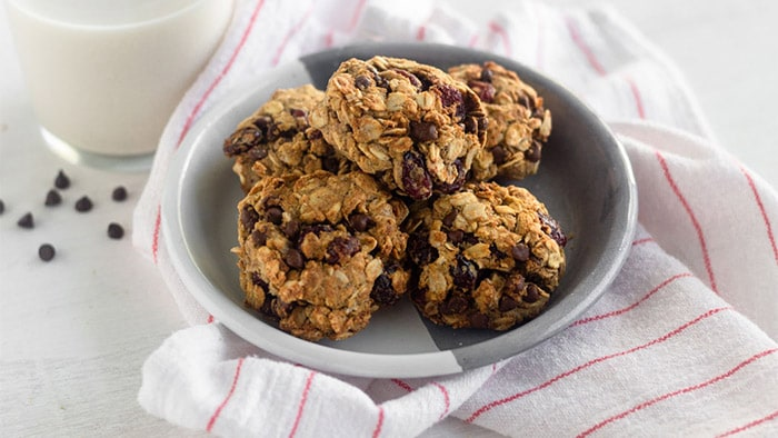 Healthy Chocolate Cranberry Oatmeal Cookies