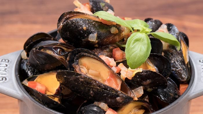 Sweet & Spicy Mussels