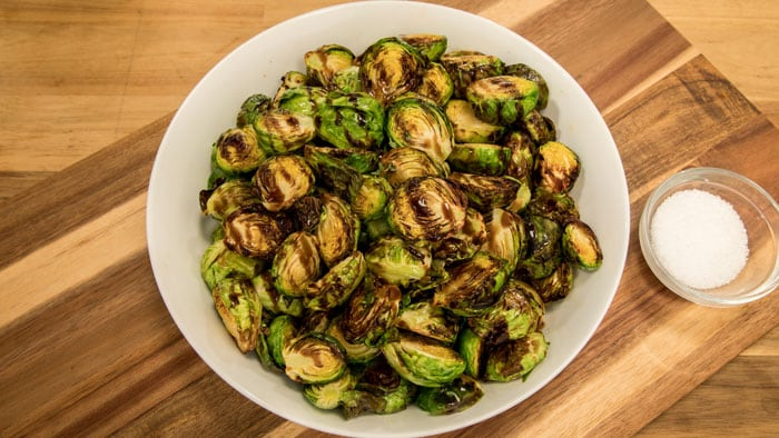 Airfryer XXL Balsamic Fried Brussels Sprouts