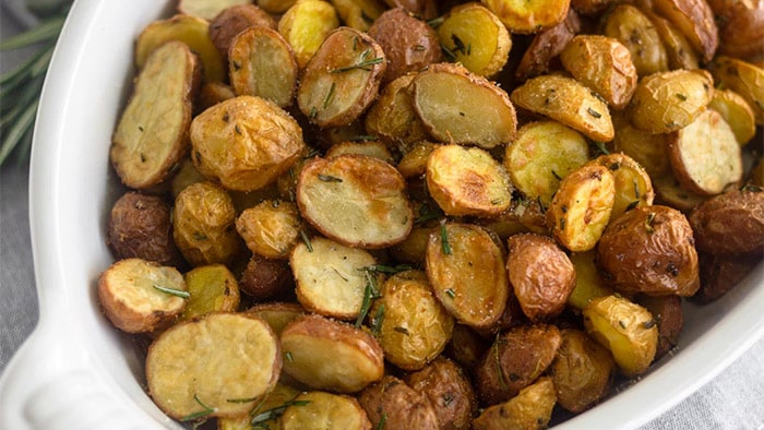 Airfryer Crispy Garlic Rosemary Potatoes