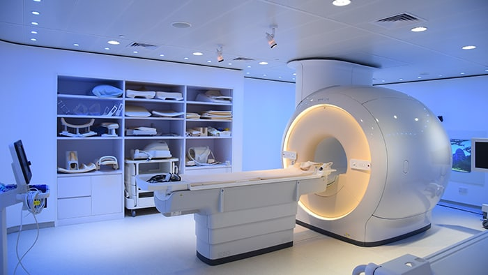Philips and Singapore Institute of Advanced Medicine Holdings open regional oncology center with advanced imaging solutions