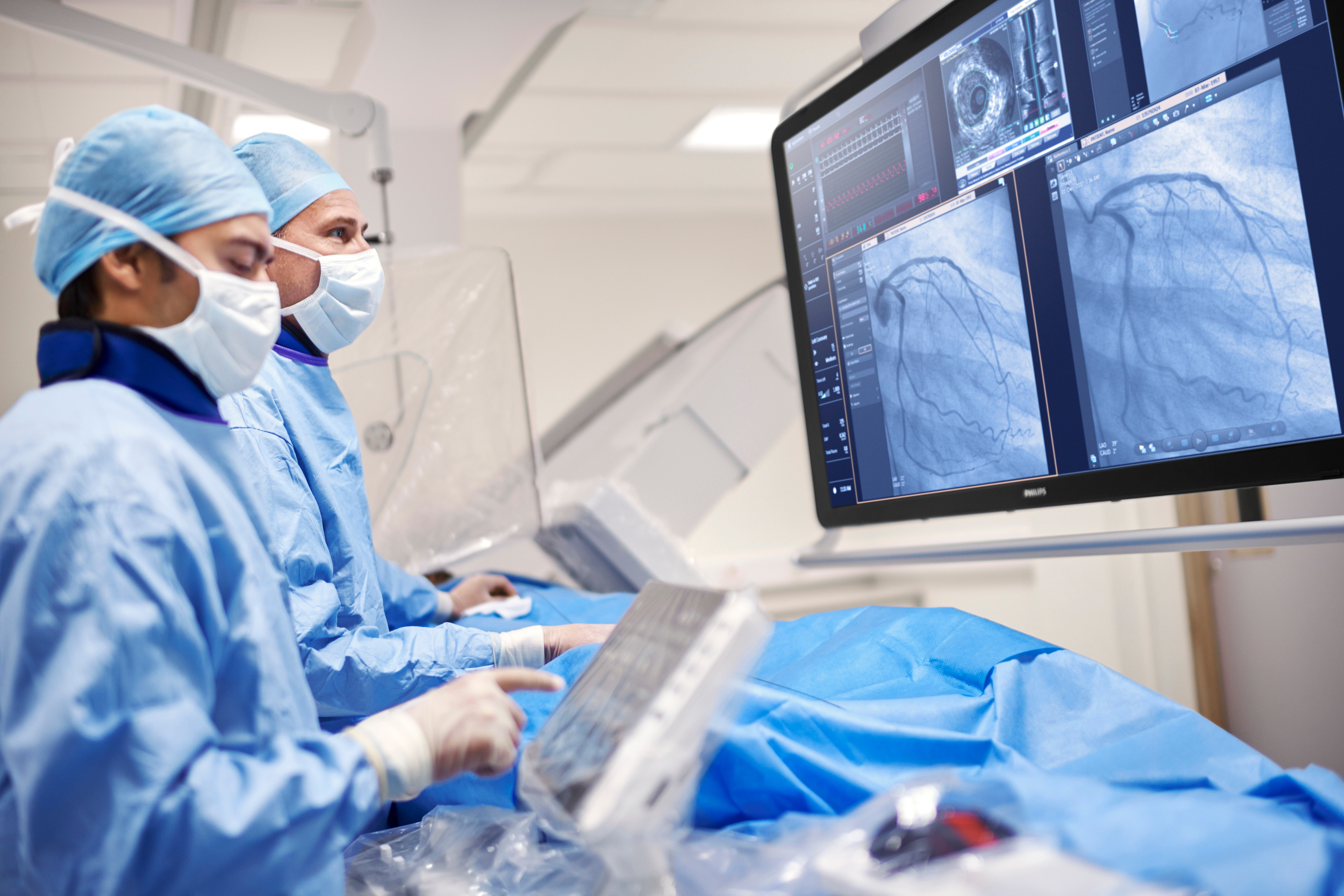 2017 – Philips Azurion offers a unique operating system that optimizes integration and an intuitive user interface that puts controls at the clinician's fingertips
